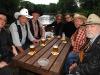 """Johannes Schlüter und Herbert Frenz von der renommierten Werbeagentur """"Schlüter & Frenz"""" verpassen der angestaubten Country-Band """"Truck Stop"""" ein neues Image."""