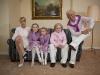 Der Politiker Arne von Heesen und seine farblich abgestimmte Familie
