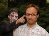 Günther Nüssle (Dennis) hat ein Zombieproblem
